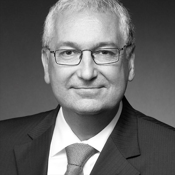 Holker Schuster - Finanztraining